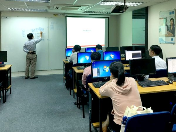 Học Văn bằng 2 Công nghệ thông tin và những điều cần biết
